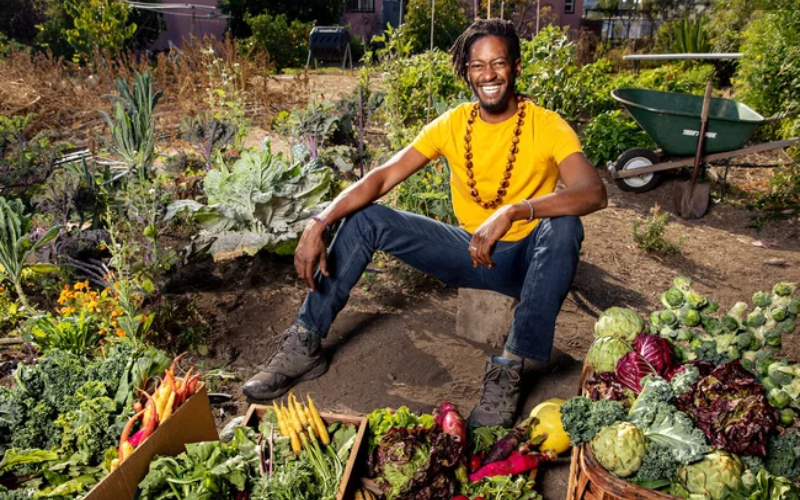 How One Man Turned His Backyard Garden Into a Full-Fledged Community Farmers Market
